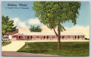 Lincoln Nebraska~Delores Motel~Roadside US Highway 6~1950 Linen Postcard