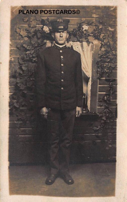 EARLY 1900'S UNIDENTIFIED MILITARY (?) UNIFORM RPPC REAL PHOTO POSTCARD