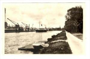 RP  Caen, France, 20-40s : Le Canal de Caen a la mer Bateau  ADOLPHE LE PRINCE