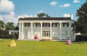 Southern Mansion At Cypress Gardens Florida