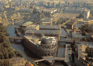 Berlin Bode-Museum und Pergaman-Museum Bridges River Ponts Panorama