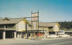 100 MILE HOUSE, British Columbia, Canada, 1950-60s; Red Coach Inn