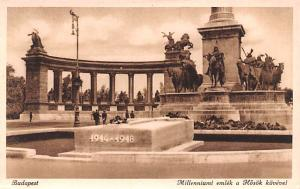 Budapest Republic of Hungary Millenniumi emlek a Hosok kovevel Budapest Mille...
