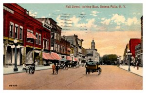 New York  Seneca Falls ,  Fall Street looking East