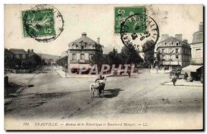 Old Postcard Deauville Avenue of the republic and Eat Boulevard