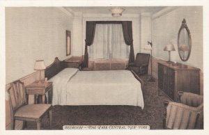 NEW YORK CITY , 1930s , The PARK CENTRAL , Bedroom