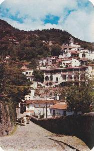 Taxco's Colonial Charm, Narrow Cobblestone Streets, Quaint Shops & Native Mar...