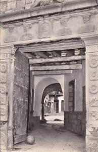 Peru Cuzco Entrance Of The House Of Four Busts Real Photo