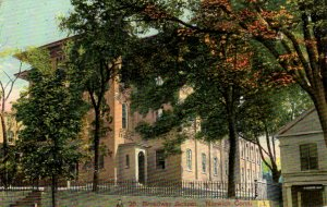 Norwich, Connecticut - A view of the Broadway School - c1908