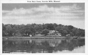 Gravois Mills Missouri~Gravois Arm~Schwader's Twin Bays Camp~Lakefront~1940s B&W