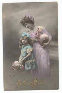 RP: Easter, Woman & child with eggs, 00-10s