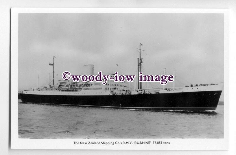 LS0181 - New Zealand Shipping Co Liner - Ruahine , built 1951 - postcard