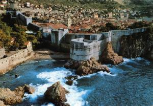 Postcard DUBROVNIK The City Walls Croatia