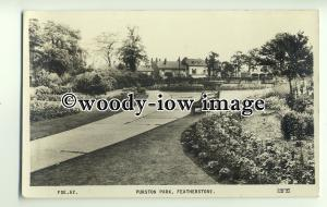 tp0990 - Yorks' - In the Gardens of Purston Park, in Featherstone - Postcard