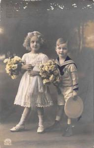 7938 Boy and Girl, Bouquets of Flowers, Sailor suit RPC