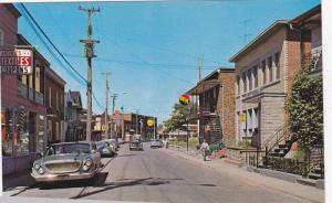 Rue Notre-Dame , Donnacona , Quebec, Canada , 40-60s : Barber Pole