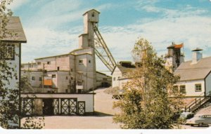 BC : CON Mine , Yellowknife , NWT , Canada , 1950-60s