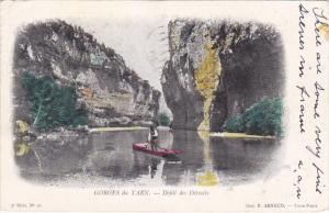 Man On A Boat, Defile Des Detroits, Gorges Du Tarn, France, PU-1905