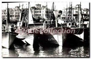 Postcard Old Saint Jean De Luz Port