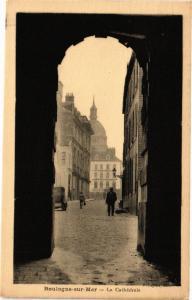 CPA BOULOGNE-sur-MER - La Cathedrale (129268)