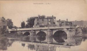 Saint-Mihiel , France , 00-10s ; Le POnt