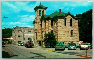 Eureka Springs AR~1950 Bullet-Nose Studebaker Parked The Wrong Way @ City Hall