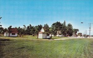 KINGSTON, Ontario, Canada; Evergreen Motel, R. R. #3, 40-60s