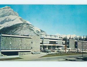 Unused Pre-1980 OLD CARS & VOYAGER INN Banff ALBERTA L0987