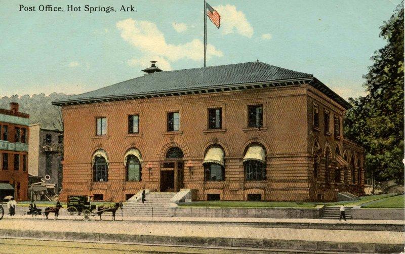 AR - Hot Springs. Post Office & Street circa 1900