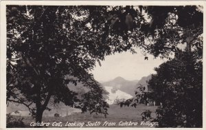 RP: Panama , 30-40s ; Culebro Cut, Looking South from Culebra Village