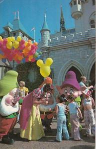 Disneyland Snow White and The Seven Dwarfs