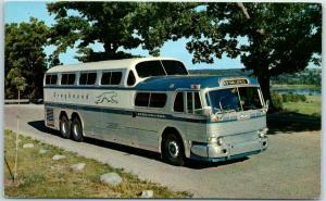 1950s GREYHOUND BUS Advertising Postcard Scenicruiser Road Scene Unused