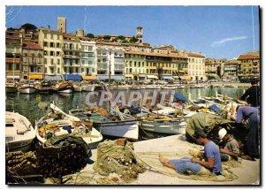Modern Postcard Cannes corner of the Port Quay St Pierre and Le Suquet
