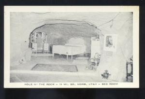 MOAB UTAH HOLE IN THE ROCK CAVE INTERIOR BEDROOM VINTAGE POSTCARD