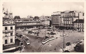 RP; North Station, Brussels, Belgium, 10-20s