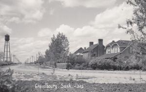 RP: GRAVELBOURG , Sask. , Canada , 1930-40s