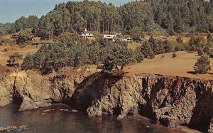Little River California~Dennen's Heritage House Resort Hotel~Ocean Front~1970 PC