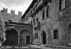 Italy Verona Casa di Giulietta Il Balcone 1954