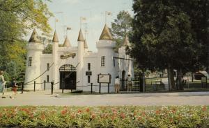 LONDON , Ontario, 1968 ; Storybook Gardens , Entrance , #11