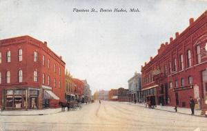 Benton Harbor Michigan~Pipestone Street~Red Cross Drug~Loomis Real Estate~1912