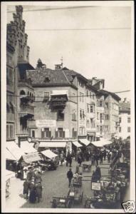 italy, BOLZANO BOZEN, Obstplatz (1930s) RPPC