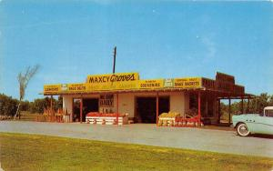 Florida Sebring    Maxcy Groves Souvenir Stand and Fruit