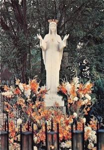 France Notre-Dame de Beauraing O.L.V. van Beauraing Statue Our Lady