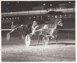 SPORTSMAN'S PARK Harness Horse Race , MI T MODEL winner, 1980