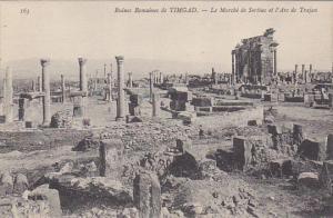 Tunisia Ruines Romaines de Timgad Le Marche de Sertius et l'Arc Trajan