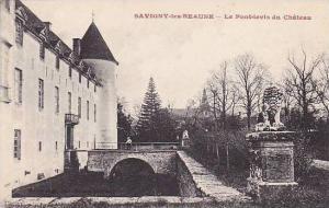 France Beaune Le Pont levis du Chateau