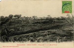 CPA Diego Suarez- Village d'Ambavaybe MADAGASCAR (830005)