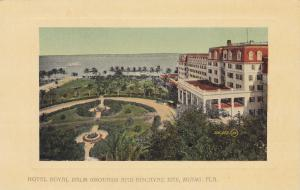 MIAMI , Florida , 00-10s ; Hotel Royal Palm Grounds & Biscayne Bay
