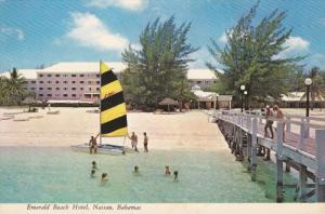 Emerald Beach Hotel, Sail Boat, NASSAU, Bahamas, 50-70's