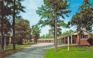 Columbia SC Travelers Motel Located on U.S.1 Postcard